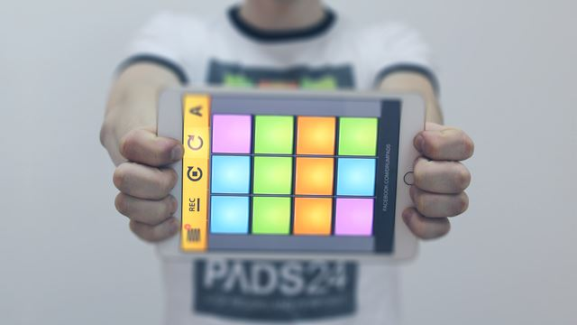 Программу на компьютер drum pads