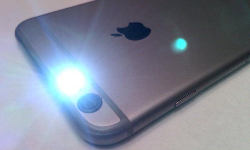 Как включить функцию вспышки при входящих звонках и сообщениях на IPhone