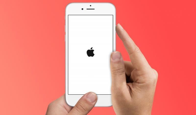 Почему не включается Айфон: что делать, когда горит яблоко и гаснет