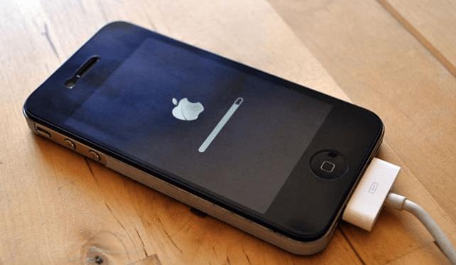 Чёрный iPhone