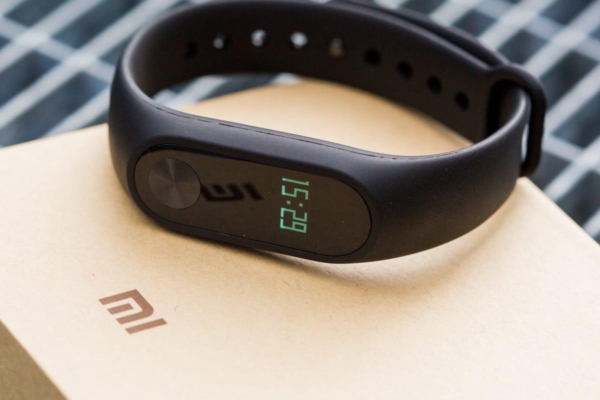 Обзор фитнес-браслета Mi Band 2 от Xiaomi