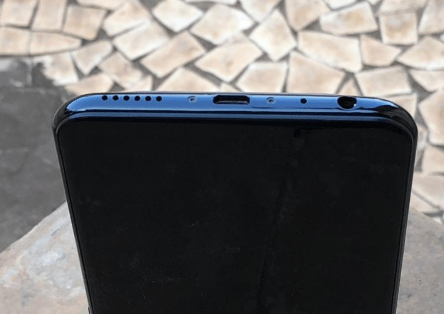Разъёмы смартфона Vivo V9