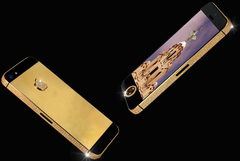 Смартфон Apple iPhone в золотом корпусе