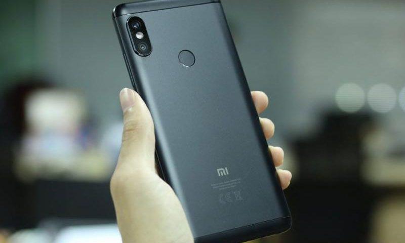 В Сети появились официальные изображения Xiaomi Mi Max 3