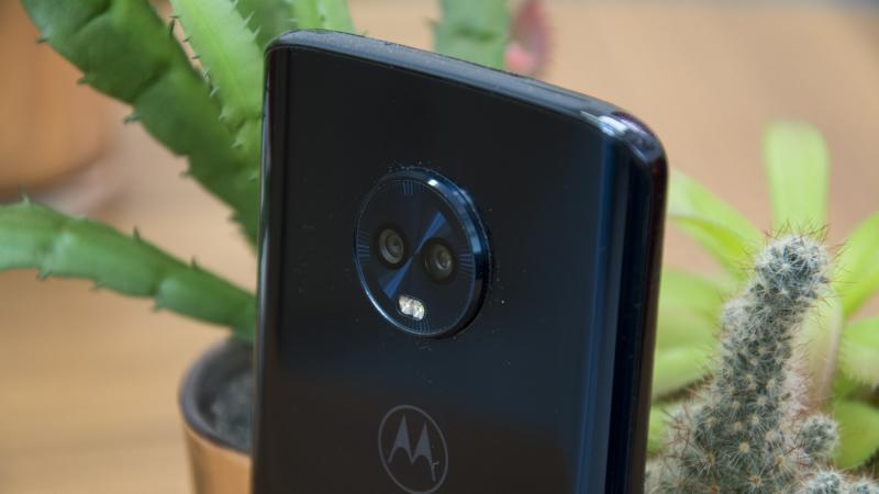 Смартфон Moto G6S Plus засветился на «живых» фотографиях