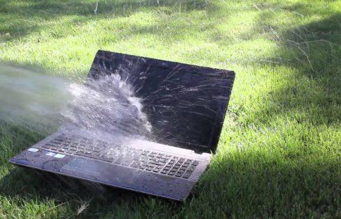 Что делать, если на ноутбук пролилась вода или другие жидкости: практические советы