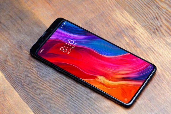 В сети появился рекламный ролик со смартфоном Xiaomi Mi Mix 3