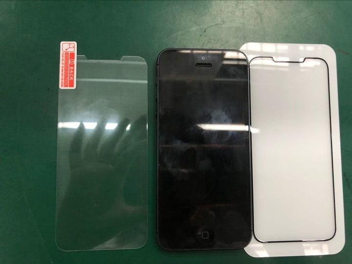 Комлектация iPhone SE 2