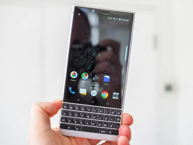 В России стартовал приём предзаказов на смартфон BlackBerry KEY2