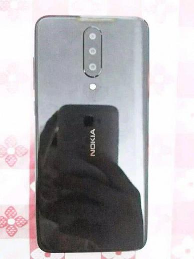 Смартфон Nokia с тройной камерой