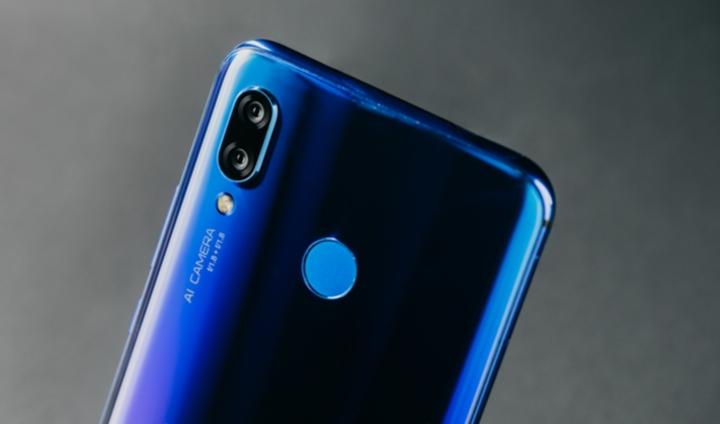 Камера смартфона Huawei Nova 3