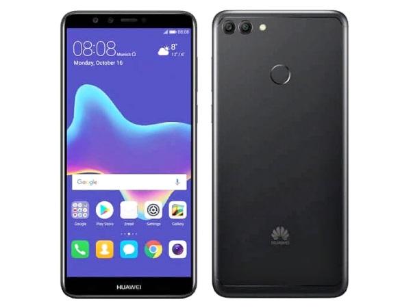 Телефон Huawei Y9 спереди и сзади