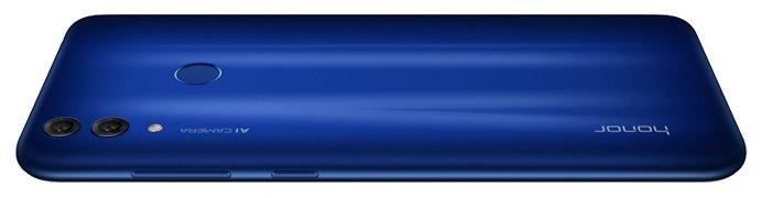 Смартфон Honor 8C синего цвета