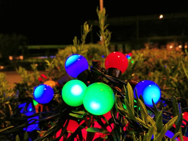 Фото на смартфон Huawei Y9 в ночное время