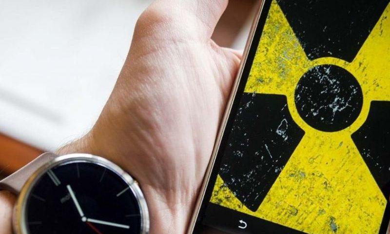 Какие смартфоны особенно опасны для нашего здоровья, есть ли замена