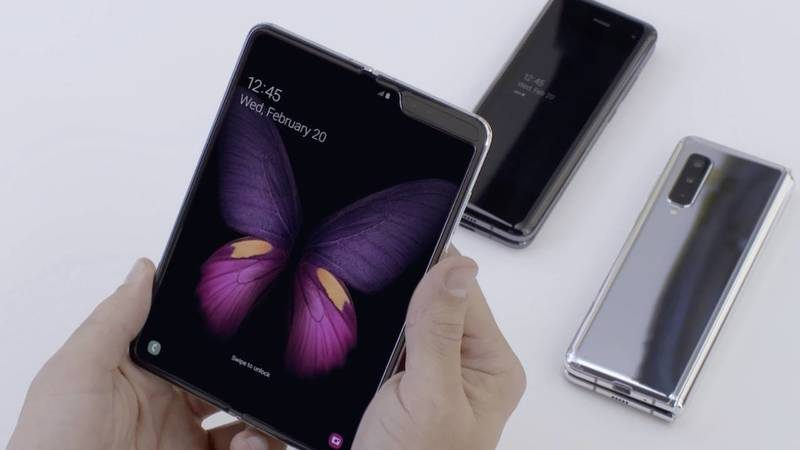 Партию складных Samsung Galaxy Fold распродали в Европе за день