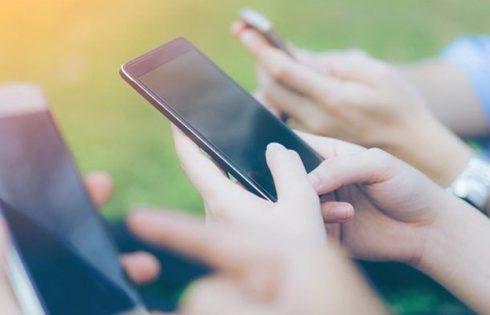 5 приложений на Андроид, которые помогут вам заработать, не выпуская из рук телефон