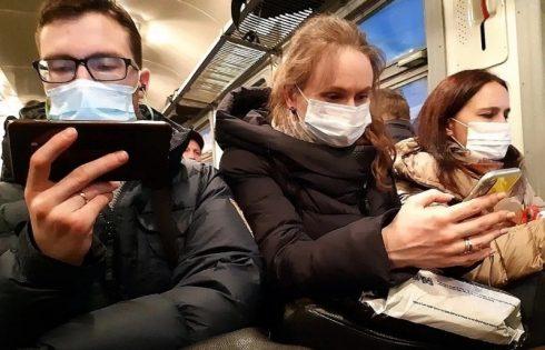 3 важных правила обращения с мобильными телефонами во время эпидемии гриппа
