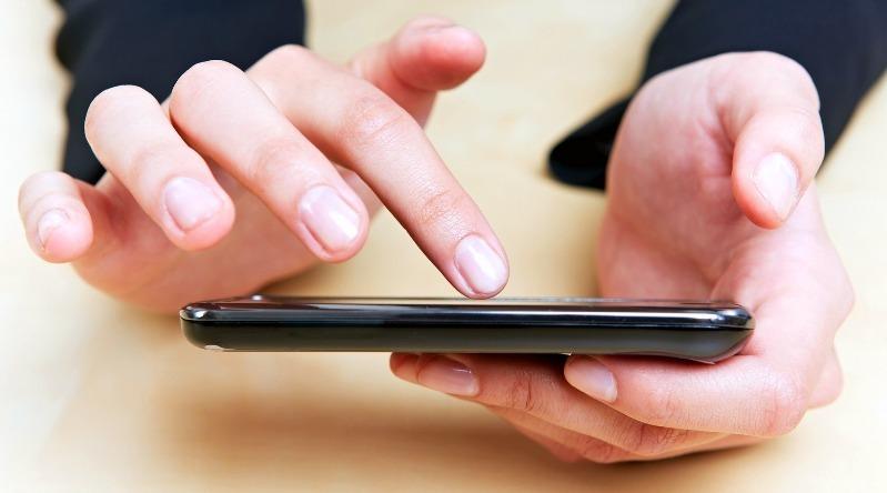 Если сломалась компьютерная мышка, то смартфон придет на помощь