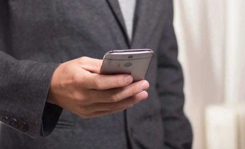 Случайно стерли СМС или удалили важный номер — 3 приложения помогут вернуть их обратно