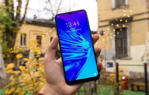 5 недорогих смартфонов 2020 года с мощной батареей